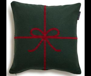Lexington weihnachtliches Dekokissen Bow Sham grün (50x50cm)