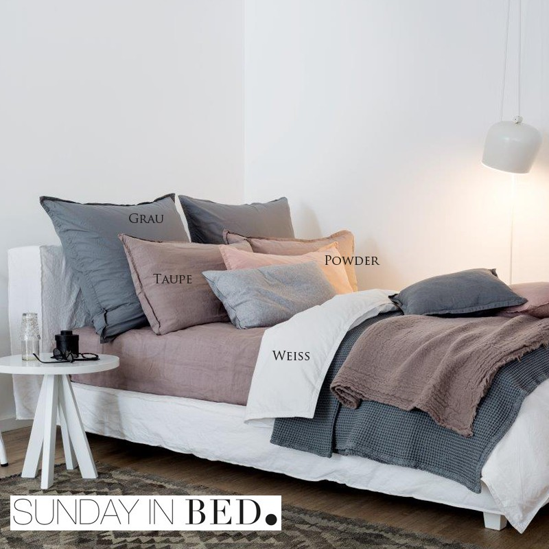 sunday in bed bettw sche washed linen taupe. Black Bedroom Furniture Sets. Home Design Ideas